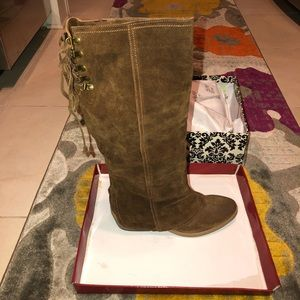 Naughty Monkey Suede brown boots